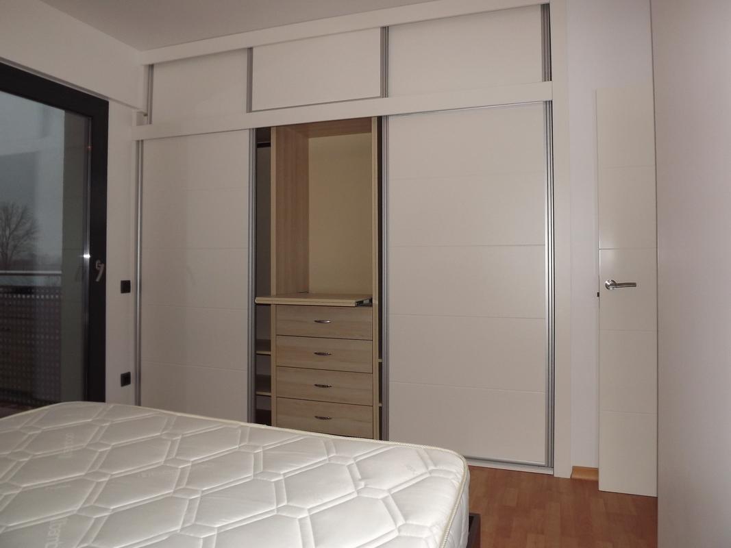 mobila la comanda ranja galati braila ranja. Black Bedroom Furniture Sets. Home Design Ideas